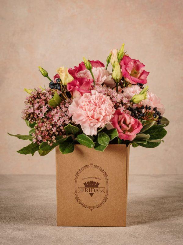 Box Romantico, fiori freschi in box di cartone consegna a domicilio