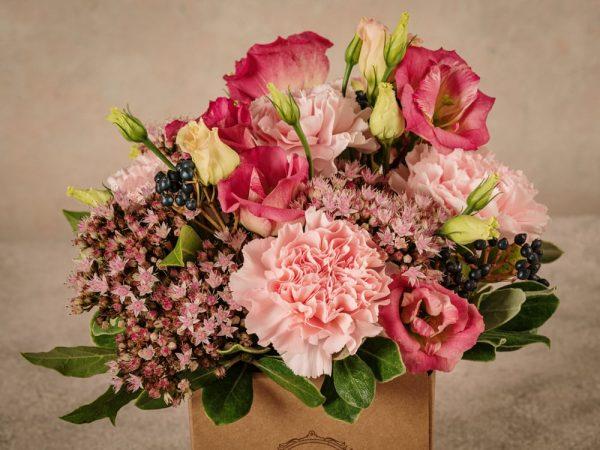 Box Romantico, fiori in box di cartone riciclato consegna a domicilio in tutta Italia