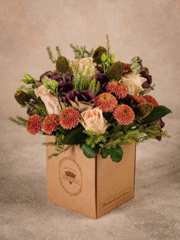 Box Equinozio, fiori autunnali in scatola di cartone riciclato con marchio Frida's