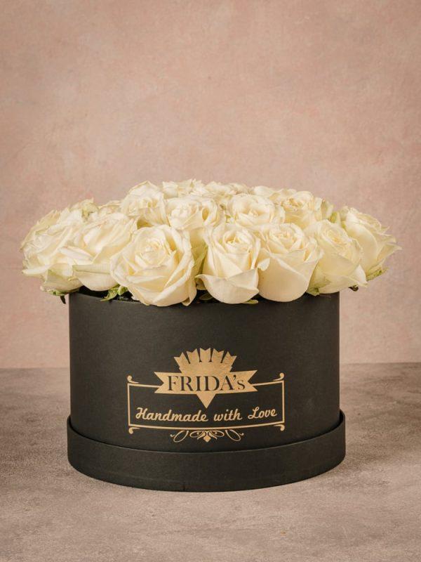 Large White Rose Hatbox an elegant and prestigious gift.