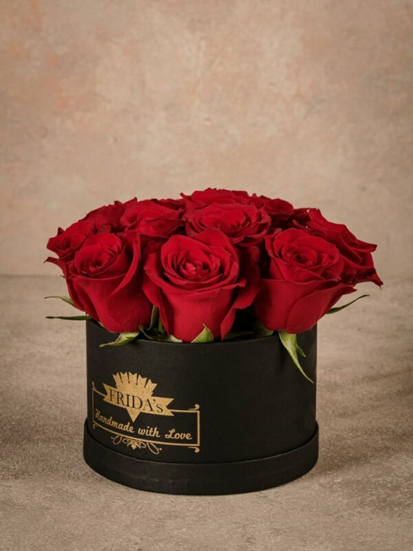 MediumRedRoseHatbox, fresh high quality roses home delivery