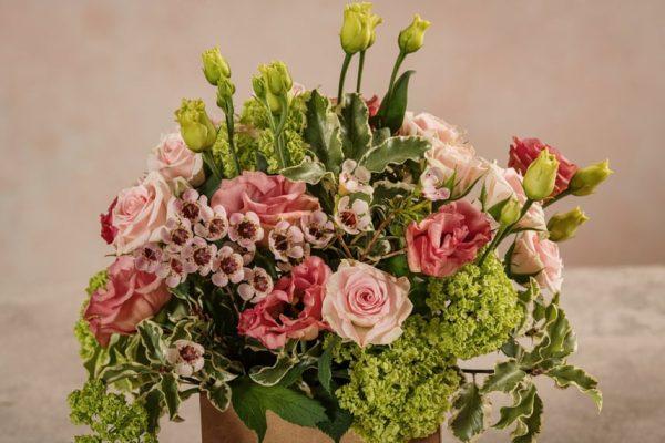 Box Romantico, fiori freschi in box di cartone