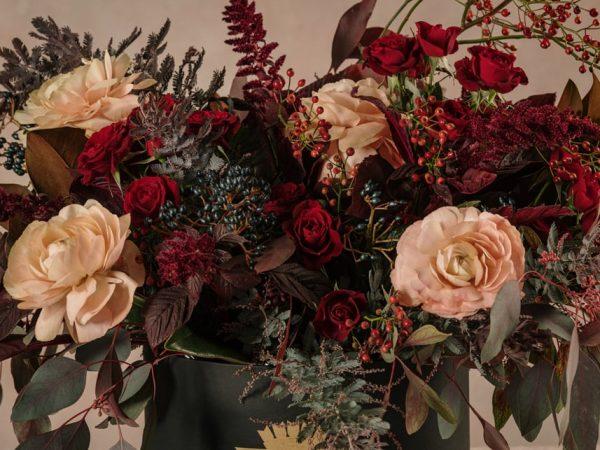 Cappelliera Luxury Creativa Winter, fiori freschi di stagione scelti appositamente per te