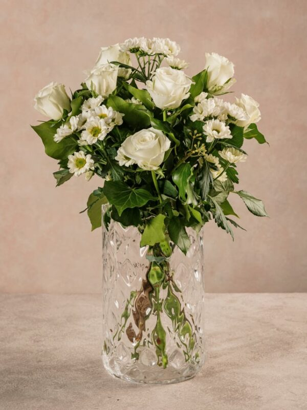 Fragrance Bouquet, white roses and daisies. Fresh flowers Frida's.