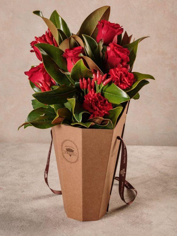 Flower Basket Red Love, per celebrare l'amore