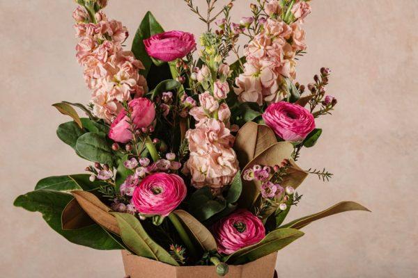 Flower Basket Romantico, dettagli composizione floreale Frida's