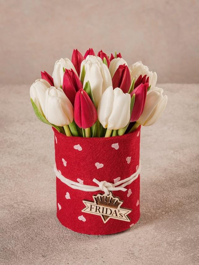 Sushi Tulipani Bianchi e Rossi, ordina il regalo perfetto per chi ama i tulipani.