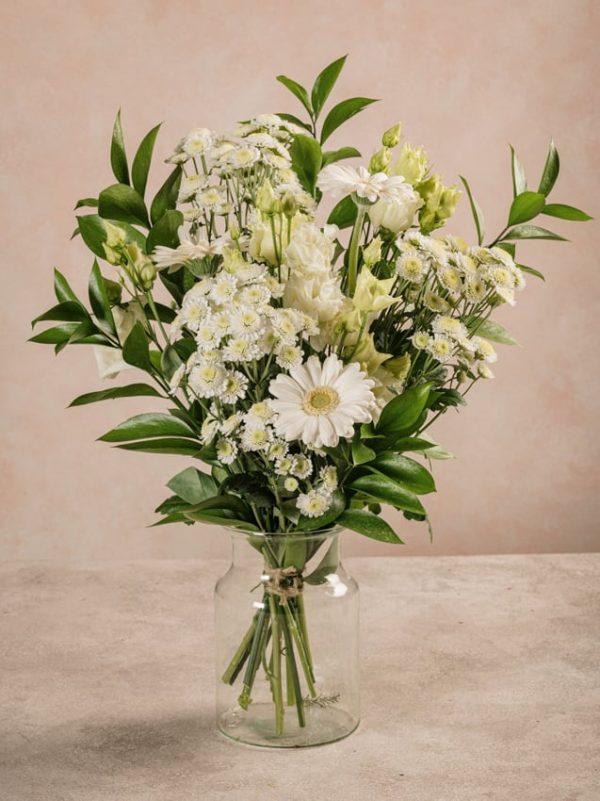 Bouquet Pure, fiori dai toni chiari della primavera