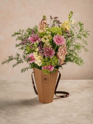 Flower Basket Euforia, bouquet in cono Spring Collection Frida's
