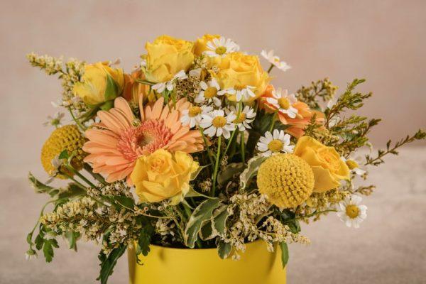 Mini Cappelliera Gialla, fiori freschi Frida's