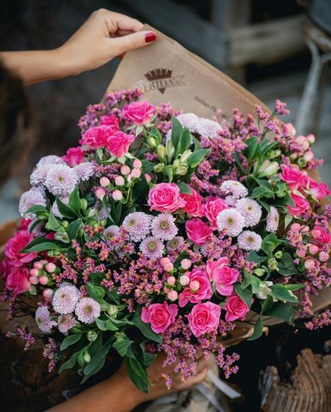 Bouquet Nastro Rosa Frida's creato per Campagna LILT 2021